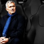 Hiddink favorite to replace Mourinho at Chelsea